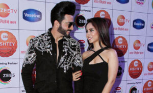 Zee TV's favourite jodis sizzle the Red Carpet of Zee Rishtey Awards 2019